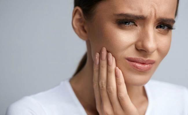 повышенная чувствительнорсть зубов-что делать и как лечить